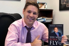 image-of-happy-client-of-daniel-gomez-speaker-in-san-antonio-best-seller-author