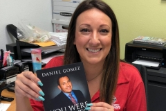 image-of-happy-client-of-daniel-gomez-speaker-in-san-antonio-best-seller